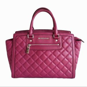 Michael Kors Zip Quilted Large Selma Satchel